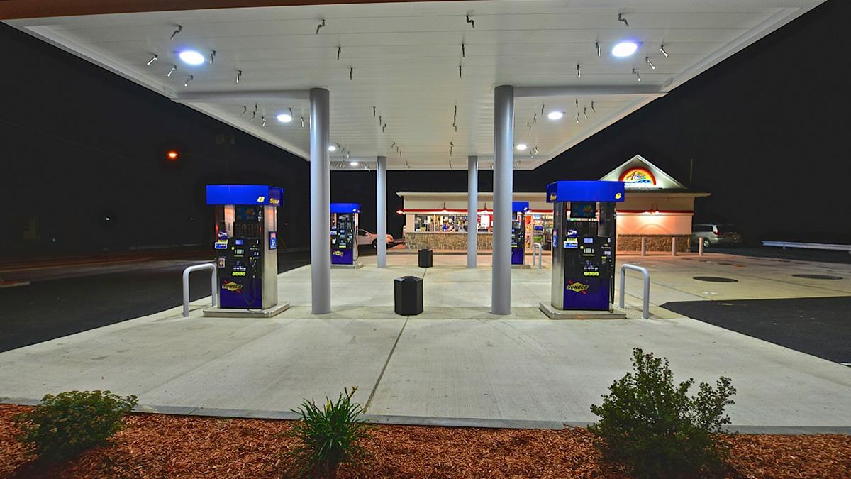 Convenience Store Construction : Gas station sunoco pump